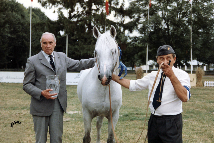 Director Ignacy Jawarowski, Eldon and Tadeusz Wojtal at the Polish National Show in 1992